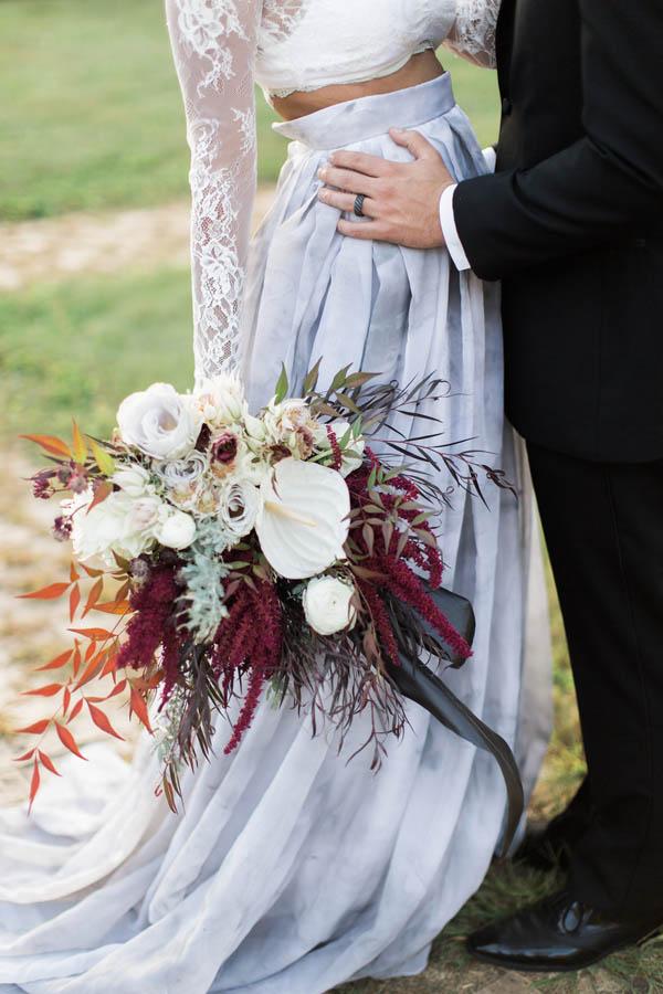 Gothic Glam Fall Wedding Ideas - photo by Gaudium Photography http://ruffledblog.com/gothic-glam-fall-wedding-ideas