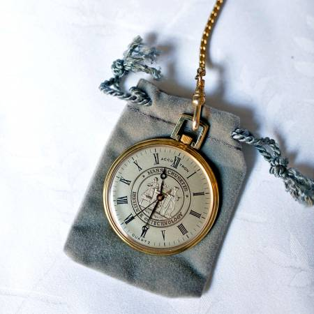 pocket watch to show time of wedding
